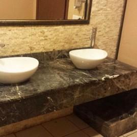 Siyah mermer banyo lavabo
